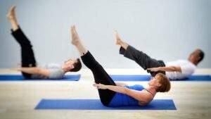 Esercizio isometrico pilates