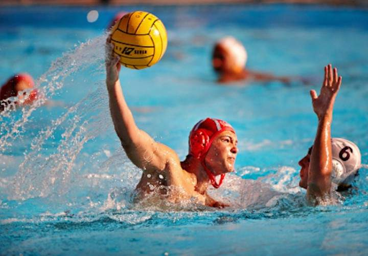 water-polo-brett-luch-720x500