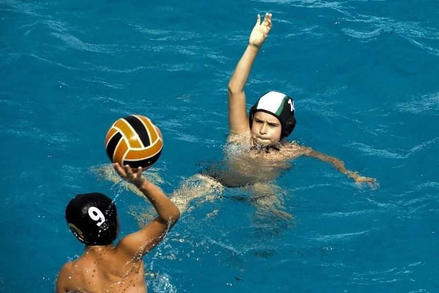 pallanuoto e benefici per i ragazzi